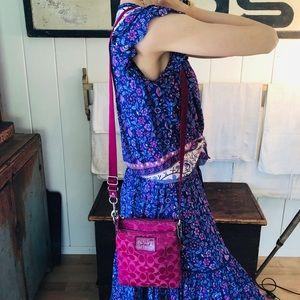 ♥️ Coach ♥️ Poppy Pink Crossbody Bag